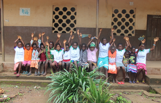 Young girls at a UNFPA-supported Safe Space in Port Loko District ©UNFPASierraLeone/2018/Reid
